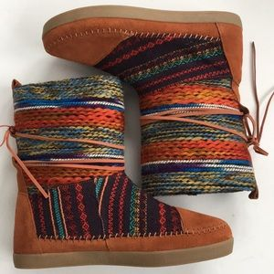Like new Toms boots